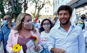 Autárquicas: Ao lado de Suzana Garcia, líder do CDS-PP recusa