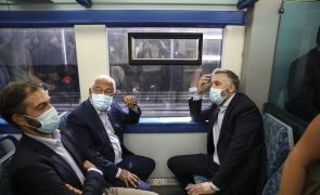 Autárquicas: No comboio, Medina fica no cais, Nuno Santos na carruagem, mas Costa não fala na sucessão