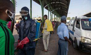 Covid-19: Moçambique anuncia três mortes e 79 novos casos em 24 horas
