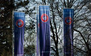 UEFA alerta para perigos de um Mundial a cada dois anos