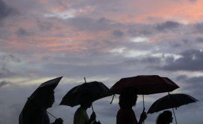 Inundações e vias cortadas em Vila Real de Santo António devido a chuva intensa