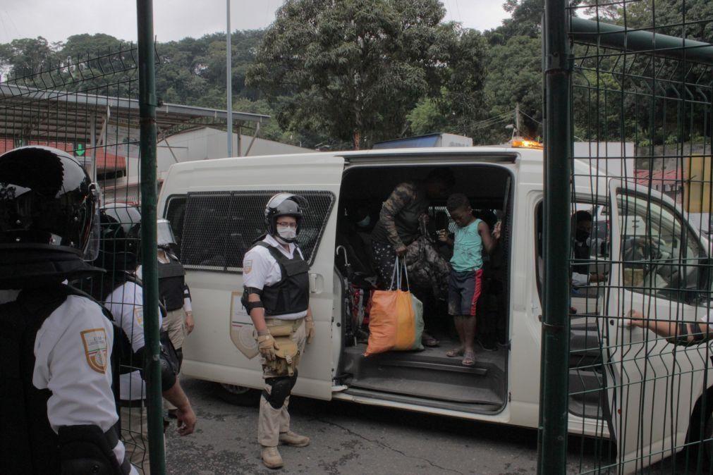 Migrações: Enviado dos EUA para o Haiti demite-se e denuncia expulsões desumanas