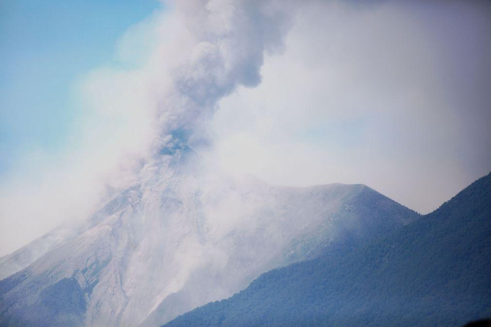 Guatemala em alerta pela entrada em erupção do vulcão mais ativo da América Central