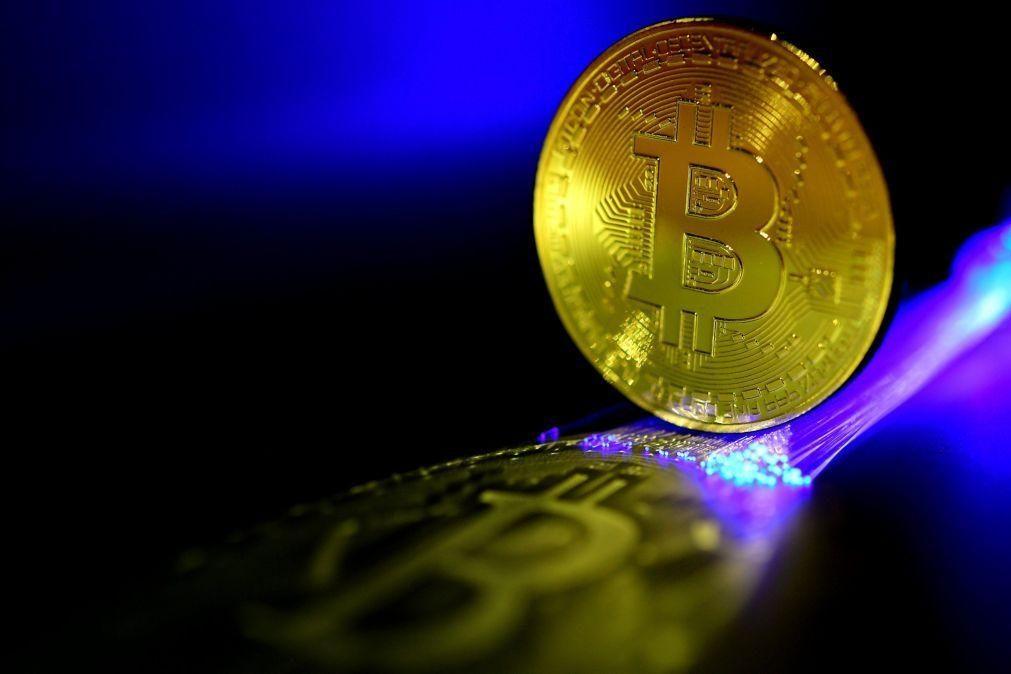 Banco central chinês afirma que todas as transações envolvendo criptomoedas são ilegais