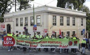 Trabalhadores da Saint-Gobain criticam Governo e prometem intensificar luta