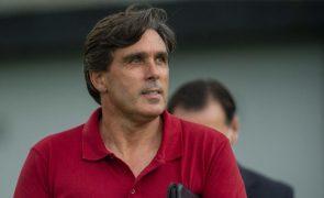 Treinador quer aproveitar jogo com o Braga para mostrar que Santa Clara está vivo
