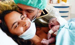 Pedro Teixeira e o filho recém-nascido: «Tem muito cabelo»