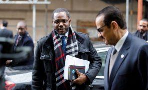 Guiné Equatorial prepara nova lei do petróleo para aumentar investimento