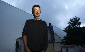 Artista Julião Sarmento vai ser homenageado em congresso internacional em novembro