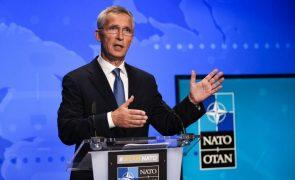 NATO insta Pequim ao diálogo para controlo de armamentos