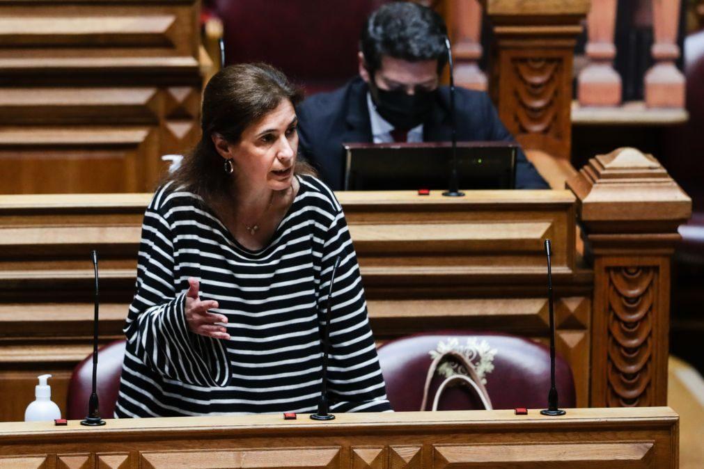 Ana Rita Bessa (CDS-PP) renuncia ao mandato de deputada