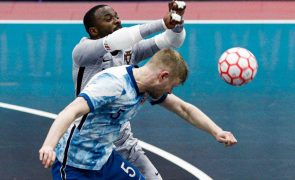 Futsal/Mundial: Bebé quer continuar a