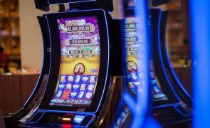 Covid-19: Governo de Macau prevê queda acentuada das receitas do jogo e vai rever orçamento