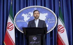 Nuclear: Teerão diz que vai demorar menos tempo do que Biden a regressar às negociações