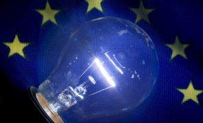 Escalada dos preços da eletricidade discutida pelo Parlamento Europeu