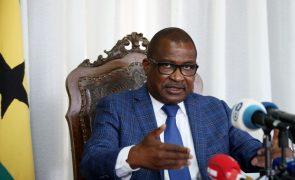Presidente do parlamento são-tomense pede paz para