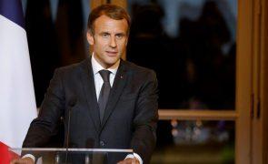Argélia condena palavras de Macron e chama embaixador em França