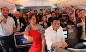 Duterte diz que filha vai candidatar-se à presidência das Filipinas