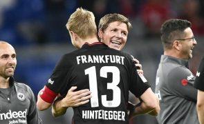 Bayern Munique sofre primeira derrota na liga alemã e vê liderança ameaçada