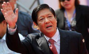 Filho do ditador Ferdinand Marcos vai candidatar-se à presidência das Filipinas