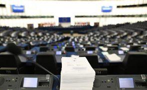 Covid-19: Dezanove países da UE já têm 'luz verde' aos seus planos nacionais de reformas