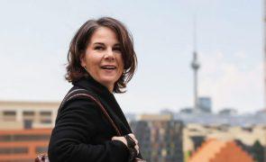 Alemanha/Eleições: Verdes optam por coligação governamental com SPD e Liberais