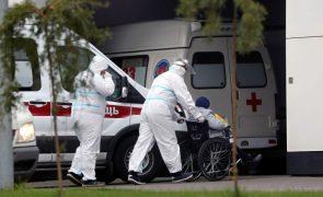 Covid-19: Rússia ultrapassa as 900 mortes diárias pela primeira vez