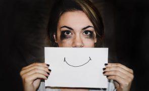 Depressão não é necessariamente maior em pessoas mais sós, diz estudo