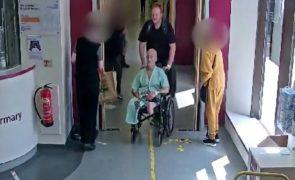 Homem desvia paciente de hospital saído de coma para o assaltar