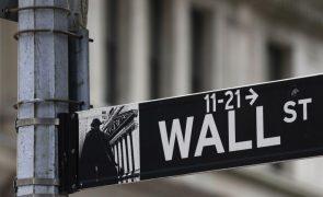 Wall Street dá sinais de pessimismo no início da sessão