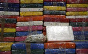 Apreendido no Rio de Janeiro recorde de cocaína num navio com destino a Moçambique