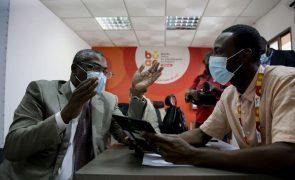 Oposição angolana aponta insuficiências no registo eleitorial oficioso