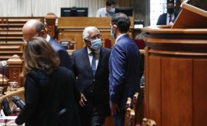Costa e PS concentram críticas no PSD e recordam discurso de Rio no ano passado