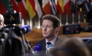 França condena decisão do Tribunal Constitucional da Polónia sobre UE