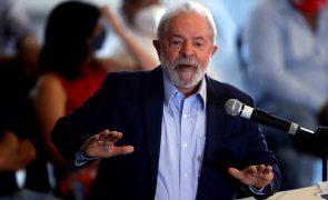 Lula chama Bolsonaro de