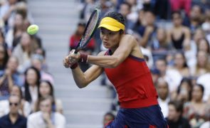 Tenista britânica Emma Raducanu eliminana na estreia em Indian Wells