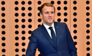 Macron critica países que aplicam a pena de morte