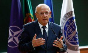 Covid-19: MNE elogia papel das Forças Armadas na vacinação em reunião da NATO
