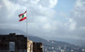 Líbano ficou hoje sem abastecimento de eletricidade através da rede pública
