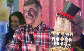 João Baião Surpreendido com festa de arromba. Nós mostramos-lhe as imagens