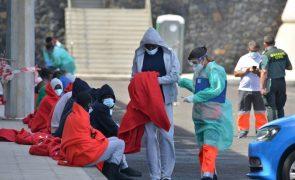 Migrações: ONG resgata 59 migrantes do Mediterrâneo, 17 dos quais menores