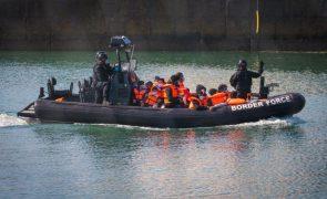 Mais de 1.000 migrantes atravessaram Canal da Mancha nos últimos dois dias