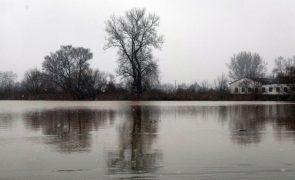 Nitratos continuam a poluir excessivamente águas da UE - Comissão Europeia