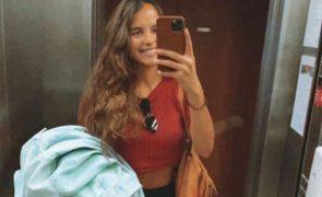 Sara Matos regressa ao trabalho 26 dias após parto