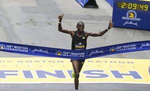 Queniano Benson Kipruto vence 125.ª edição da maratona de Boston