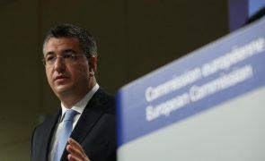 Presidente do Comité Europeu das Regiões alerta para serviços em risco devido a custos da pandemia