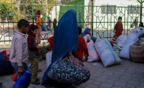 Guterres denuncia que talibãs quebraram promessas em relação às mulheres