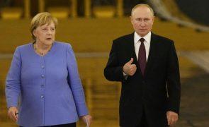 Putin, Merkel e Macron discutiram reanimação dos Acordos de Minsk