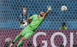 Rui Patrício é o sétimo internacional português a chegar aos 100 jogos