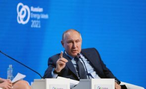 Afeganistão: Rússia alerta para perigo de afluxo de 'jihadistas